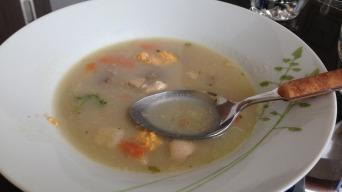 Vánoční rybí polévka z kapra