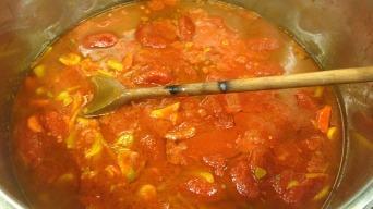 Bujabéza - Bouillabaissa pomalé vaření v rajčatech