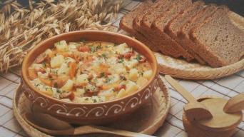 Maďarská bramborová polévka