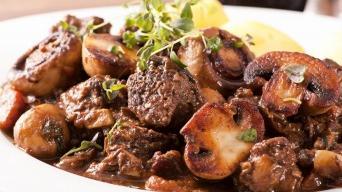 Hovězí po Burgundsku, Beef Bourguignon