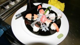 Suši nigiri a maki